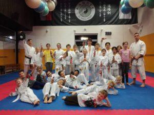 Mikuláš na tréninku dětí. Karate TJ Tesla.
