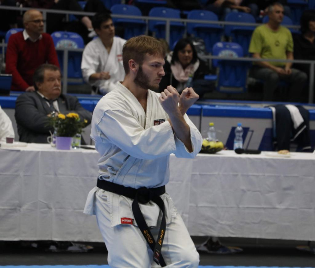 Tomáš Hanzl - Karate TJ Tesla Brno